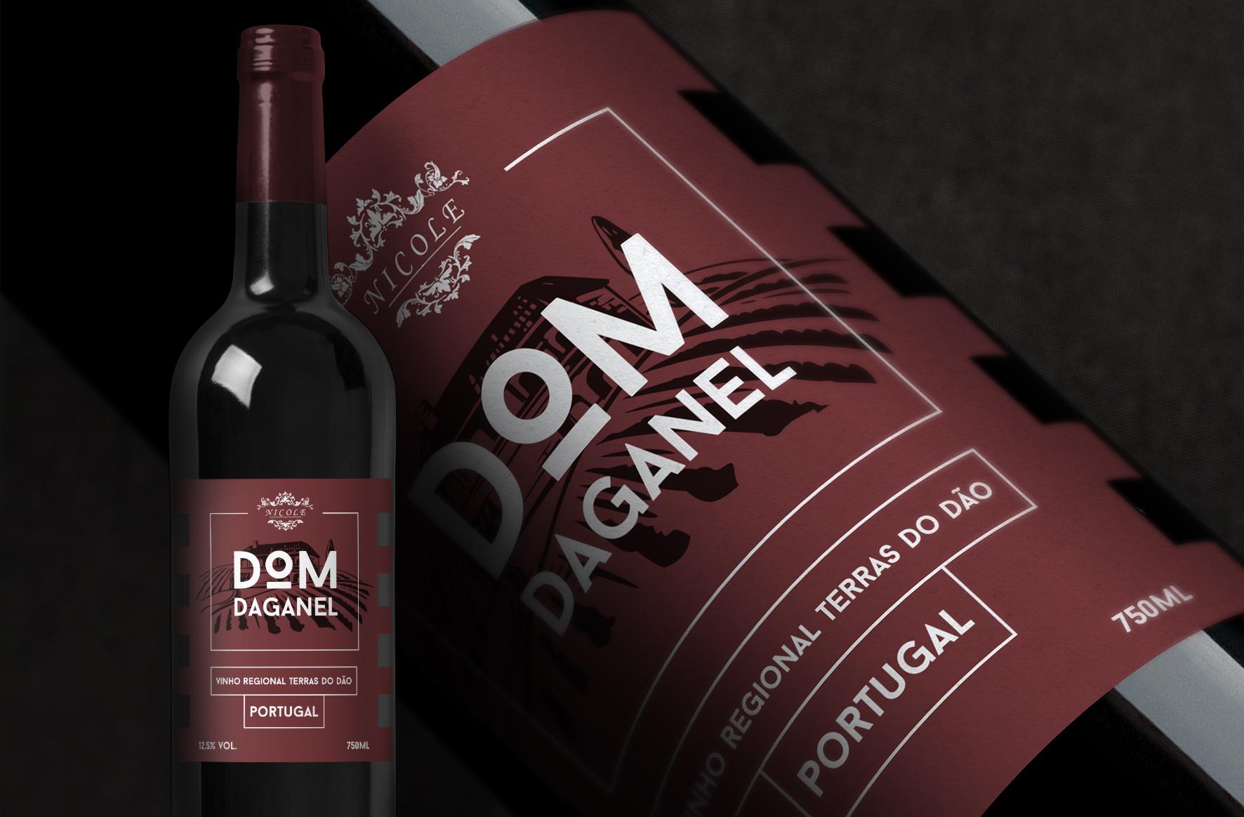Criação de rótulo para o vinho Dom Daganel da Adega de Silgueiros